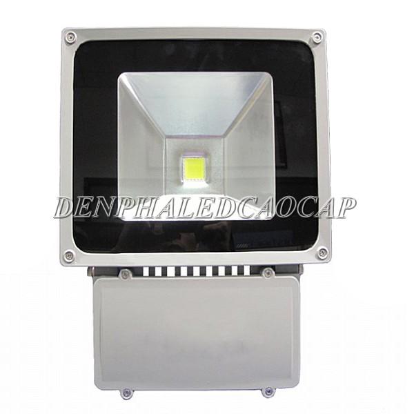 Đèn pha LED F1-80 sử dụng chip LED COB cao cấp