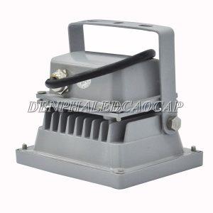 Rãnh tản nhiệt của đèn pha LED F5-10