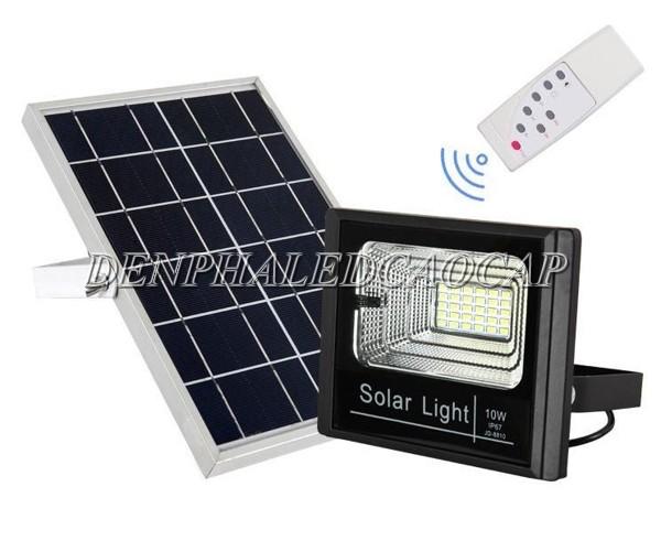Đèn pha LED năng lượng mặt trời 10w