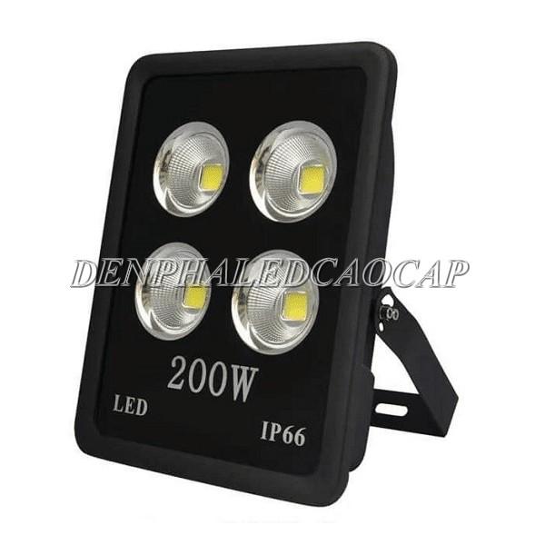 Kiểu dáng đèn pha LED F10-200