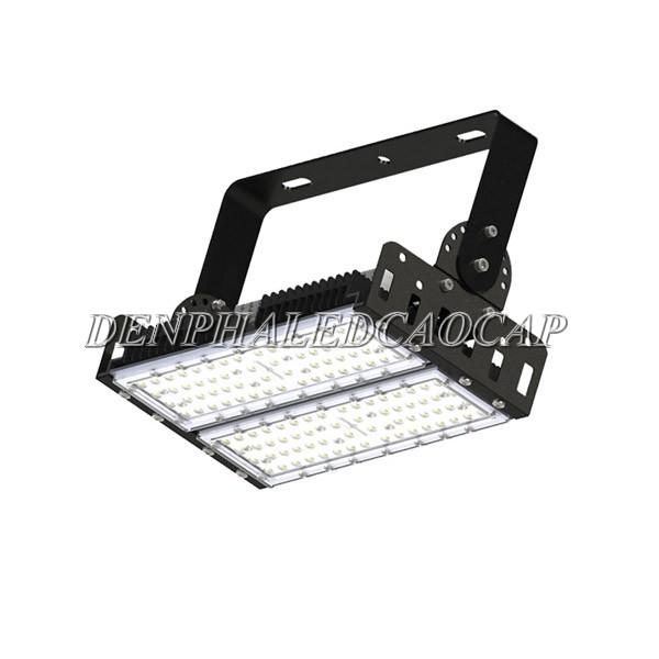 Đèn pha LED f12-100 có ưu điểm vượt trội