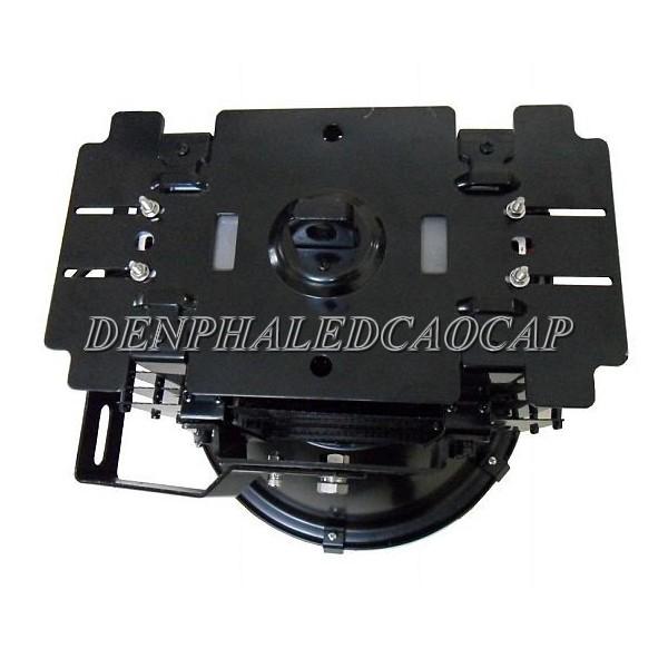 Mặt sau đèn pha LED F3-500
