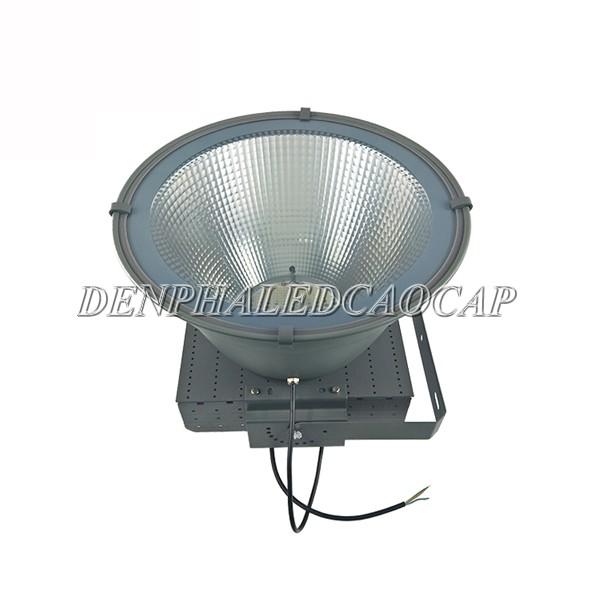 Kiểu dáng đèn pha LED F31-500
