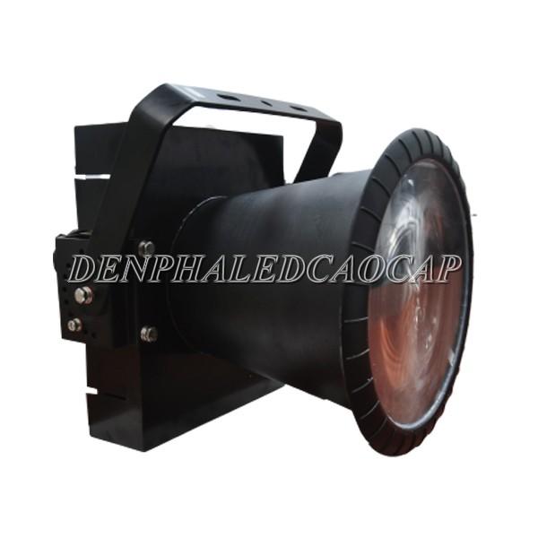 Kiểu dáng thân đèn pha LED F32-400