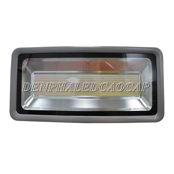 Đèn pha LED F5-400 ưu điểm cao cấp