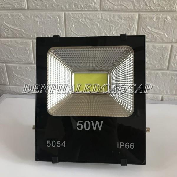 Đèn pha LED 220v 50w