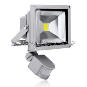 Giá TOP 7 đèn pha LED cảm ứng chống trộm hồng ngoại RẺ