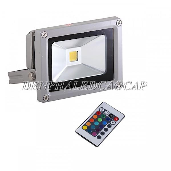 Đèn pha LED 30w sử dụng remote đổi màu