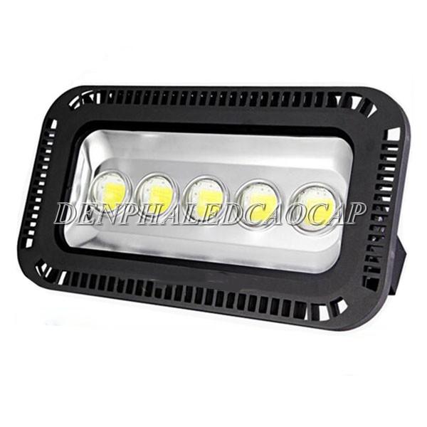Bóng đèn pha LED 250w