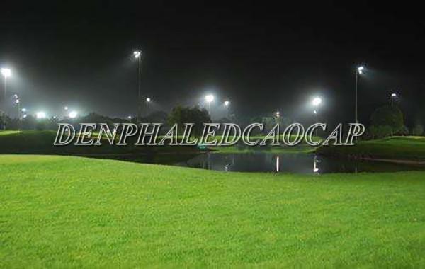Ứng dụng đèn pha cao áp sân bóng 150W