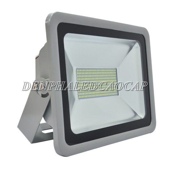 Đèn pha LED rọi xa 150W